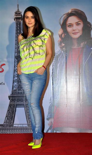 Preity Zinta Ishkq in Paris Movie Wallappers