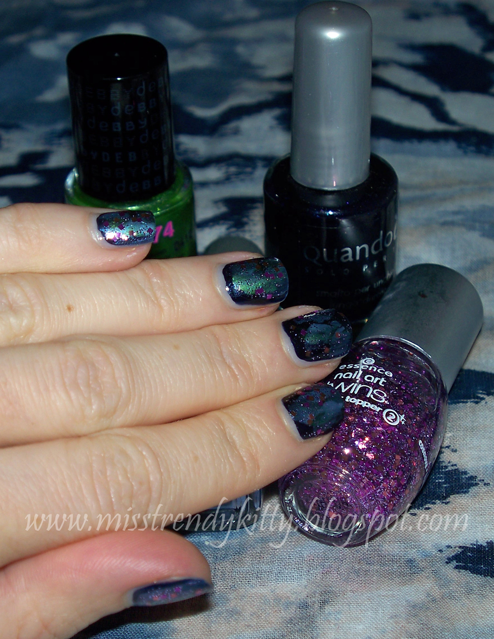 Trench Collection by Sonia Verardo: Outer Space Nail Art Tutorial