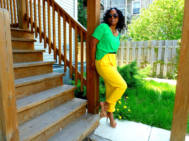 how to style yellow pants trend