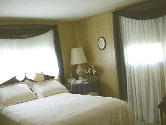 Amazing Bedroom Curtains 640 x 480 · 47 kB · jpeg