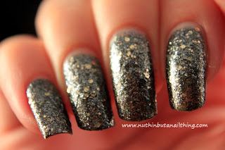Maybelline Color Show - Brocades Collection - Black N Mirrors