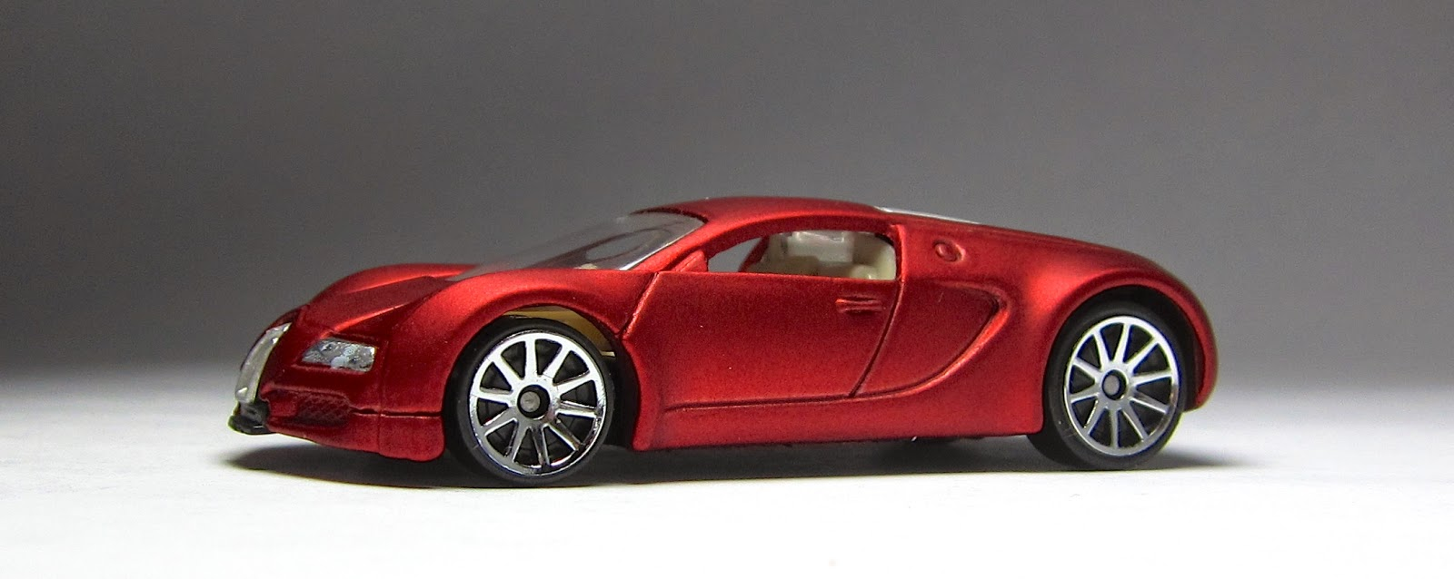 hot wheels bugatti veyron red ebay auto design tech. Black Bedroom Furniture Sets. Home Design Ideas