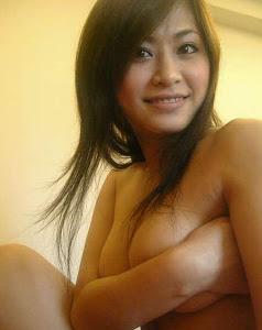 Singaporean Girlfriend 1