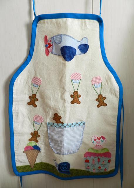 Delantal niño, delantal, delantal patchwork, delantal con aplicacion, patchwork, regalo de navidad, Navidad