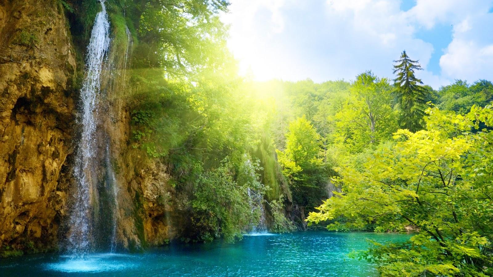 http://4.bp.blogspot.com/-etjc54iDmAA/T61mK4ni7NI/AAAAAAAAAhM/AQuYsEvdks8/s1600/waterfall_wallpaper_good_look_background-1920x1080.jpg