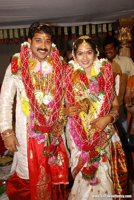 Raima Sen wedding pics |Wedding Pictures