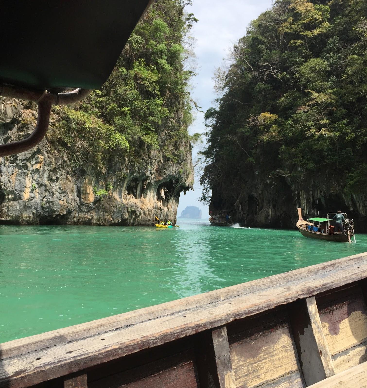 Krabi, holiday in krabi, dovolená krabi, krabi beach, day trip hong island, day trip thailand, bangkok krabi, travel blog, blog travelling, blog cestování, češi v thajsku, češi v zahraničí, češka v zahraničí, češi thajsko, češka thajsko, expats thailand, expat blog thailand, travel blog thailand, southeast asia blog, holiday blog, Kristýna Vacková, Thajsko, cestování na vlastní pěst, blog o cestování, co v Bangkoku, kam v bangkoku, kam do thasjka, ubytování v thajsku, thajské jídlo, blog o thajsku, kristýna fashionhouse,deštná sezóna thajsko, deštná sezóna, sezóny thajsko, deště thajsko, záplavy thajsko, fashion house, fashion house cz, fashion house blog, thajsko, dovolená v thajsku, thajsko na vlastní pěst, thajsko bez cestovky, rady do thajska, blog o thajsku, blog o životě v thajsku, blog o cestování, co navštívit v Bangkoku, dovolená v Bangkoku, ubytování v bangkoku,Thajské království, Thajsko, dovolená v Thajsku, Thajsko na vlastní pěst, thajsko bez cestovky, letenky do thajska, kam v Bangkoku, ubytování v Bangkoku, nákupy v bangkoku, modelka, modelka na střeše, mrakodrap, fashionhouse, fashion house, fashion house blog, češka žijící v zahraničí, češka žijící v Thajsku, nejlepší blog cestování, cestovní deník online, český blog, zajímavý český blog, blog o cestování, blog o thajsku, lifestyle český blog, módní blog, fashion český blog, rooftop, kam v thajsku, průvodce po thajsku, thajská pláž, thajská vlajka, blog o cestování, blog o cestování po thajsku, cestování po thajsku, dovolená v thajsku, pattaya, pattaya dovolená, cestování bez cestovky, thajsko bez cestovky, thajsko na vlastní pěst, pláž v thajsku, pláž pattaya, pláž v pattaye,Thajsko, pláž v thajsku, dovolená v thajsku, dovolená phuket, maya beach, pláž z filmu Pláž, cestování na vlastní pěst, cestování bez cestovky, thajsko bez cestovky, ráj na zemi, pláž, thajská pláž, kam na dovolenou, maya beach, pláž maya beach, pláž phuket, kde nakoupit thajské peníze, čím se platí v thajsku, můžu v thajsku pl