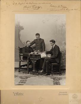 Miguel de Unamuno y sus discípulos en 1905. FEDERICO DE ONÍS