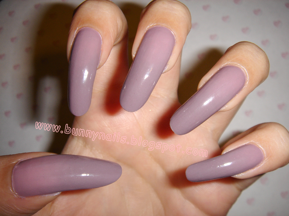 Bunny Nails: Bornprettystore - Color Changing Mood Nail Polish