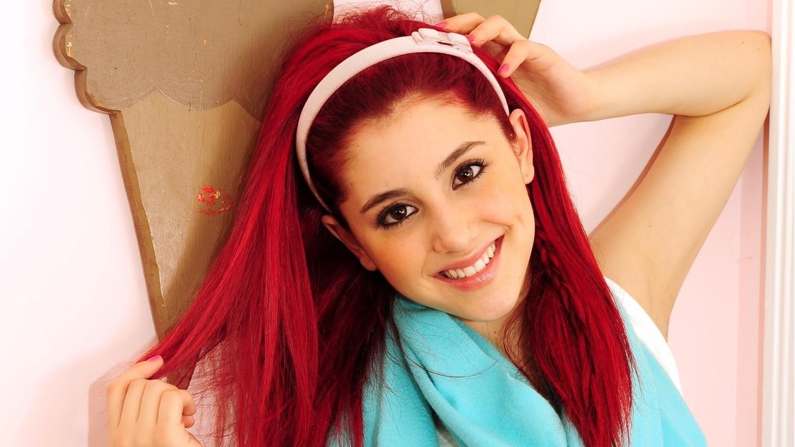 Piano - Ariana Grande - VAGALUME
