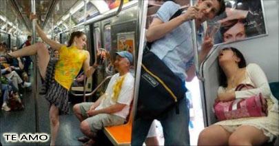 12 personas que perdieron su dignidad por viajar en trasporte público