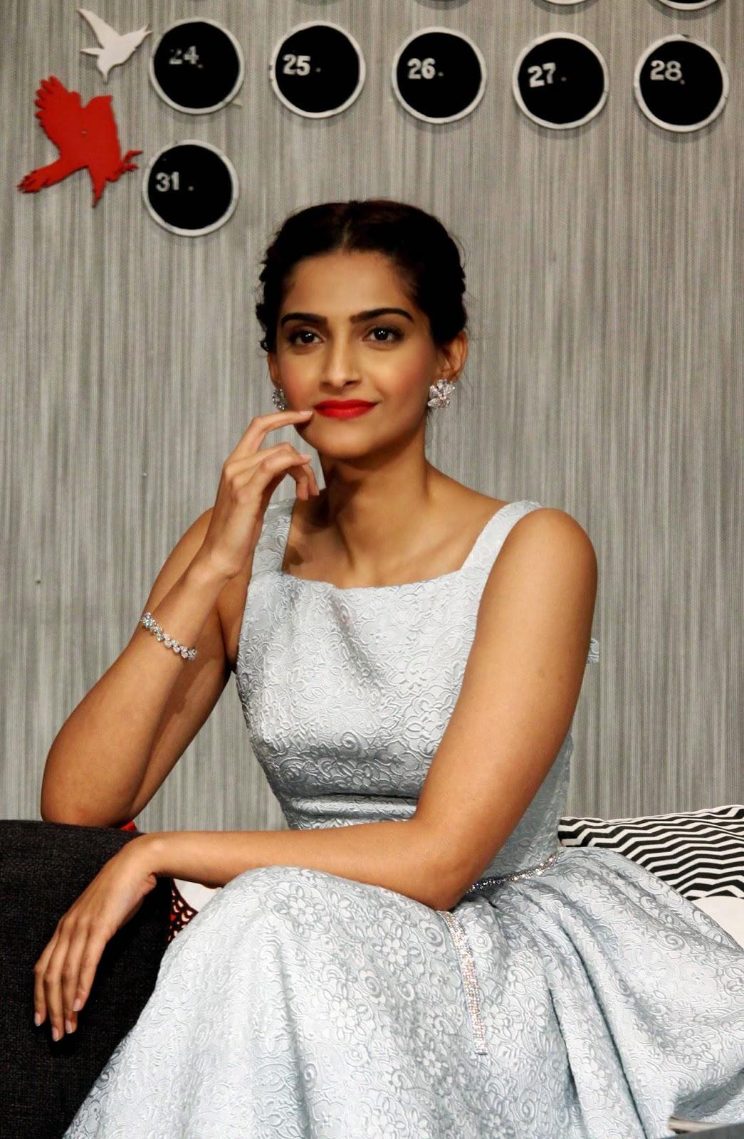 2014 movies, Actor, Actress, Ayushmann Khurrana, Bewakoofiyaan, Bollywood, Entertainment, Film, Hindi Film, Movies, Release, Showbiz, Sonam Kapoor,