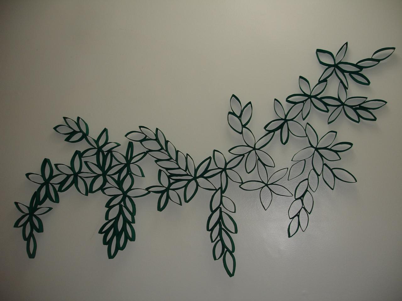Paty criarteira escultura de rolinhos de papel higi nico for Como hacer decoraciones para paredes