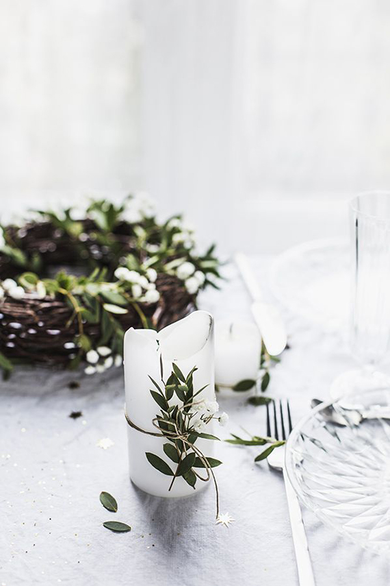 Understated festive table setting ideas | Carnets Parisiens