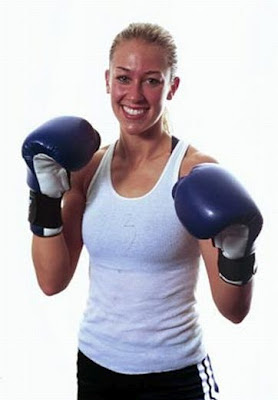 Laura Conley - Female MMA