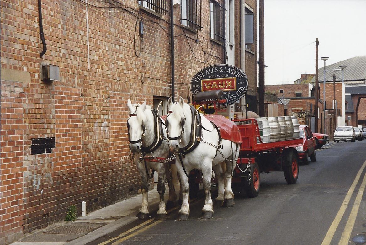 Una noticia curiosa... April+1990+The+Vaux+Dray+Cart%252C+Sunderland