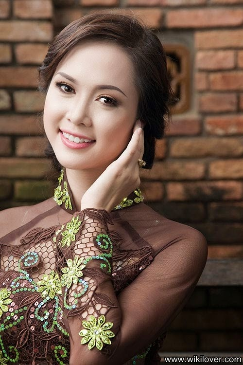 Vu Ngoc Anh - Miss Vietnamese √ Lovely Face of Traditional Vietnamese