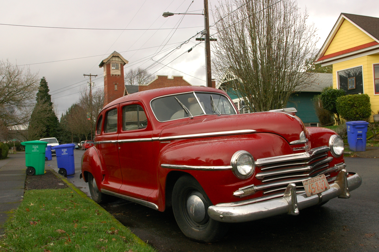 Old parked cars 1948 plymouth special deluxe sedan for 1948 plymouth 4 door sedan