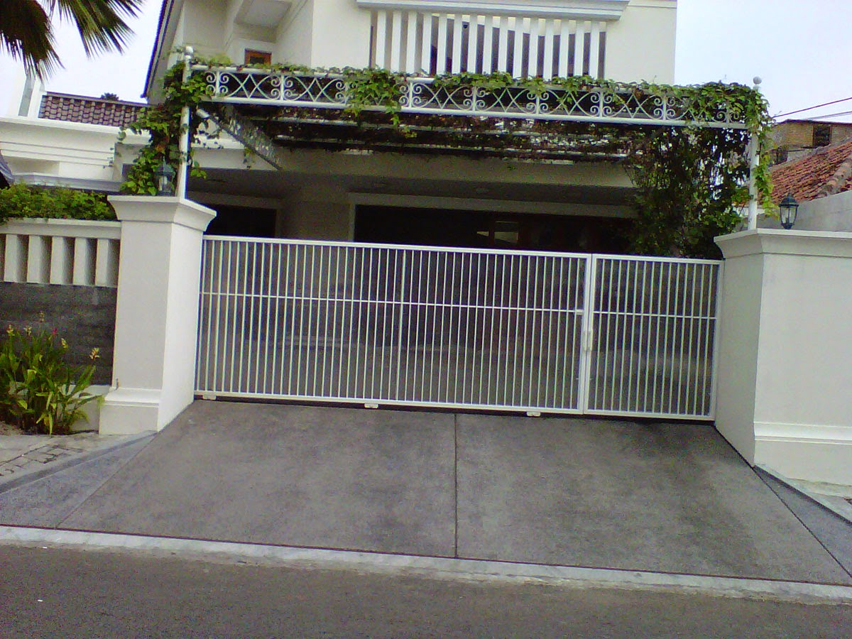 Example-Design-Fence-House-Modern-Minimalist