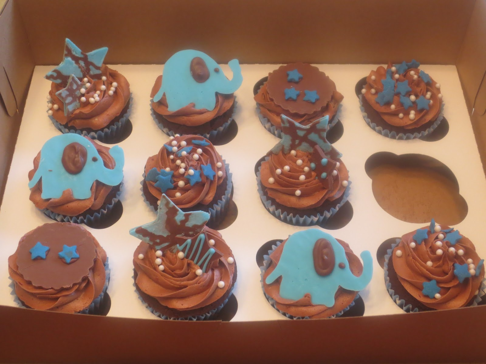 3 And 20 Cupcakes Elephant Baby Shower Cupcakes