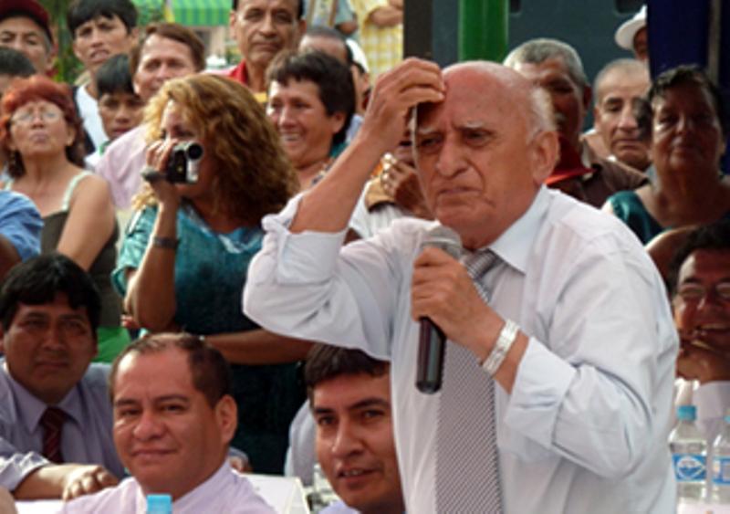 Limasurnoticias se siente mala atm sfera en concurso para for Vacantes para profesores