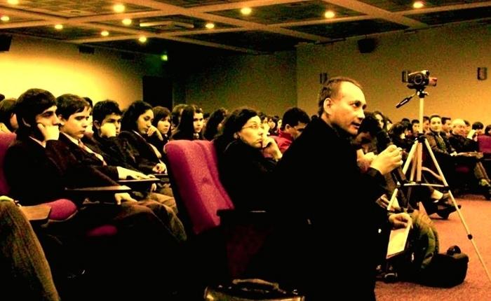 http://4.bp.blogspot.com/-evGrmMdlIIY/UeN8_aDYxnI/AAAAAAAAI0c/_GcNxS_BGCA/s1600/Dr+Adolfo+Vasquez+Rocca+_+Clase+Magistral+Filosof%C3%ADa+_+Trienal+Sepia+2.0+ABC++.jpeg