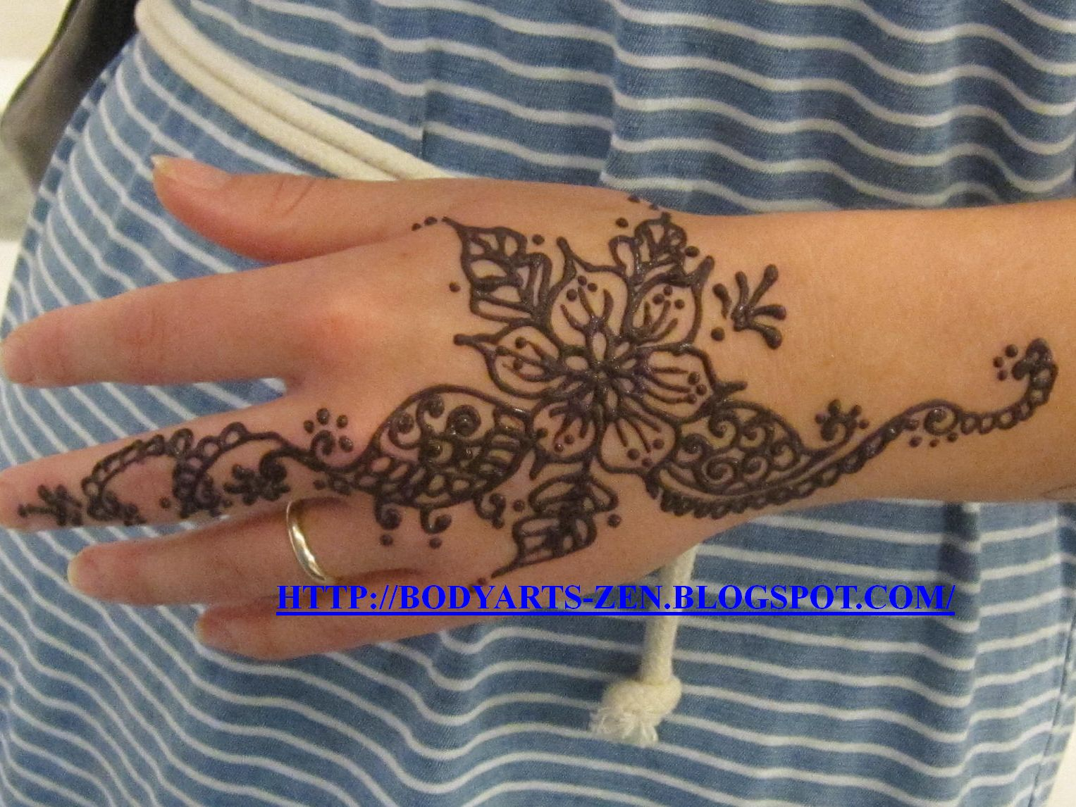 FACE PAINTING KL BODY ART HENNA TATTOO Face Hand Painting