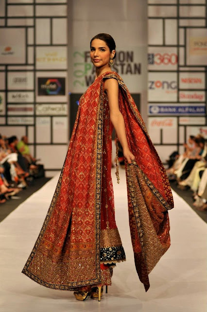 BRIDAL DRESS AT 2012 FASHION PAKISTAN WEEK 4 DAY 1