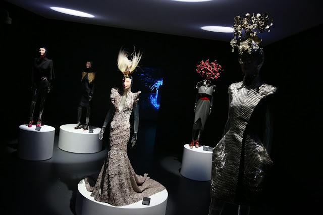 isabella+blow+fashion+galore
