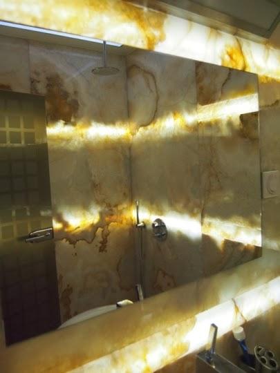 Баня оникс със светещ фриз 4