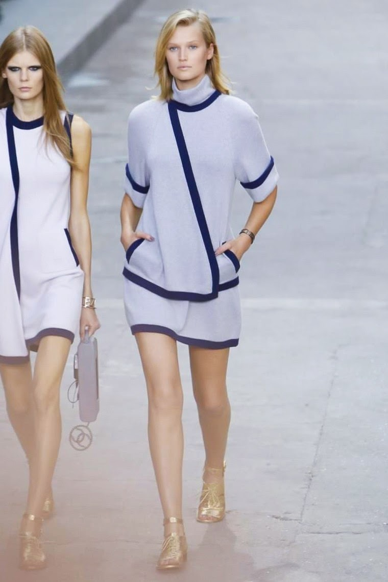 Chanel spring summer 2015, Chanel ss15, Chanel, Chanel ss15 pfw, Chanel pfw, karl lagerfeld, coco chanel, pfw, pfw ss15, pfw2014, fashion week, paris fashion week, du dessin aux podiums, dudessinauxpodiums, vintage look, dress to impress, dress for less, boho, unique vintage, alloy clothing, venus clothing, la moda, spring trends, tendance, tendance de mode, blog de mode, fashion blog,  blog mode, mode paris, paris mode, fashion news, designer, fashion designer, moda in pelle, ross dress for less, fashion magazines, fashion blogs, mode a toi, revista de moda, vintage, vintage definition, vintage retro, top fashion, suits online, blog de moda, blog moda, ropa, asos dresses, blogs de moda, dresses, tunique femme, vetements femmes, fashion tops, womens fashions, vetement tendance, fashion dresses, ladies clothes, robes de soiree, robe bustier, robe sexy, sexy dress, karl lagerfeld quotes, chanel 5, chanel 2.55, chanel 4, chanel paris, chanel dresses, vintage chanel