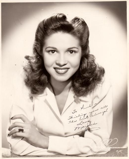 Marjorie Reynolds Signed autograph