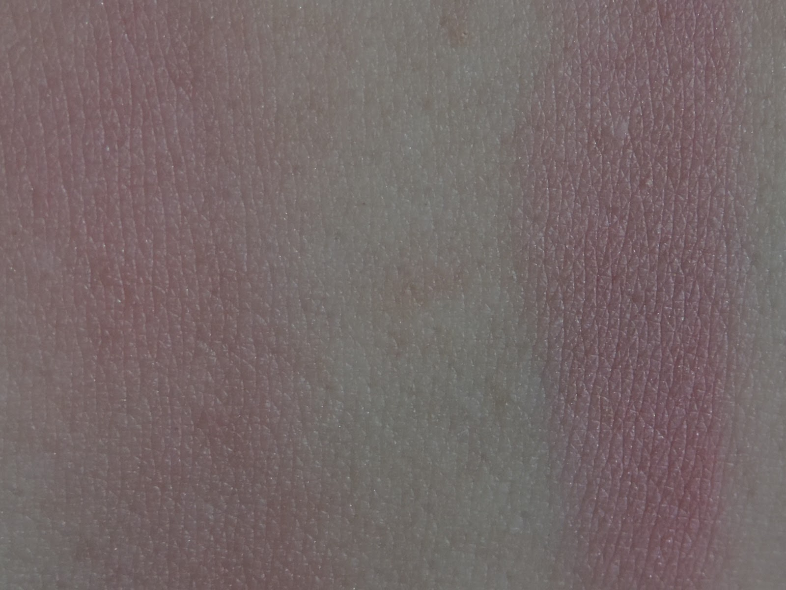 Swatches of Radiant Magenta (left) blended out (right) single swipe
