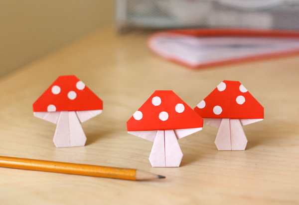 Paper mushrooms