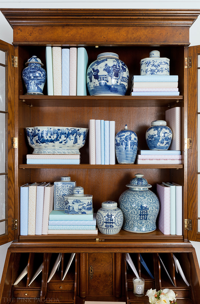 Entrance Hall Transformation by The Pink Pagoda for The One Room Challenge with Blue and White Chinese Ceramics
