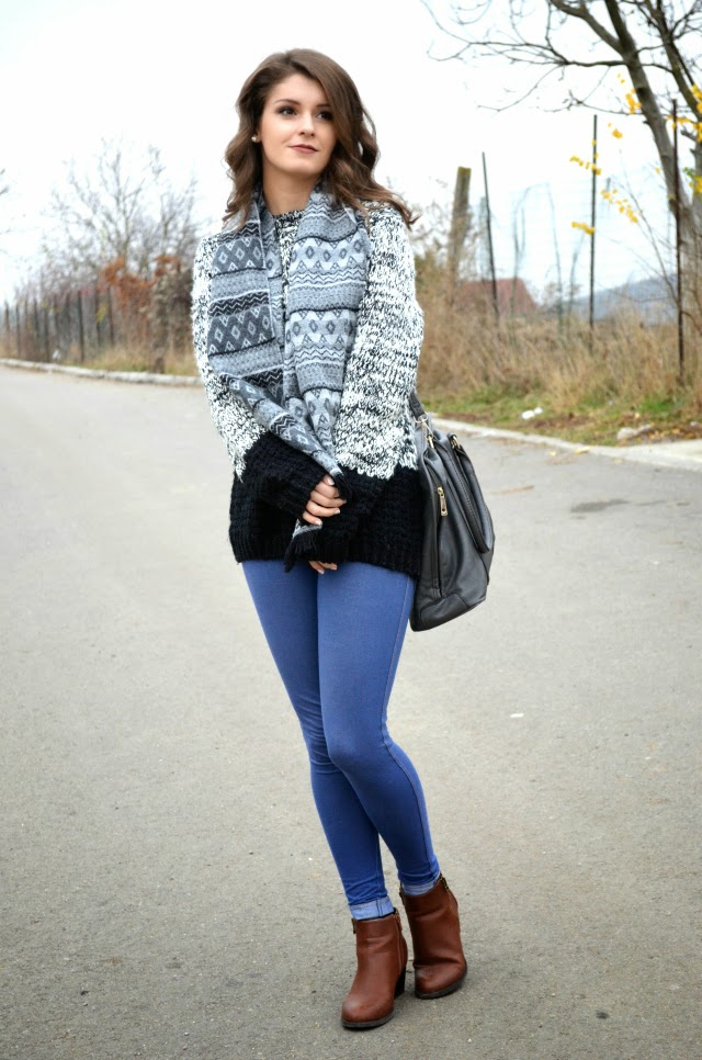 chunky knit sweater outfit for autumn winter