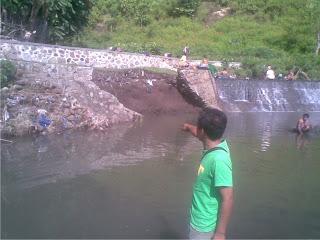 Tanggul DAM Jatiwangi Rusak Dihantam Banjir