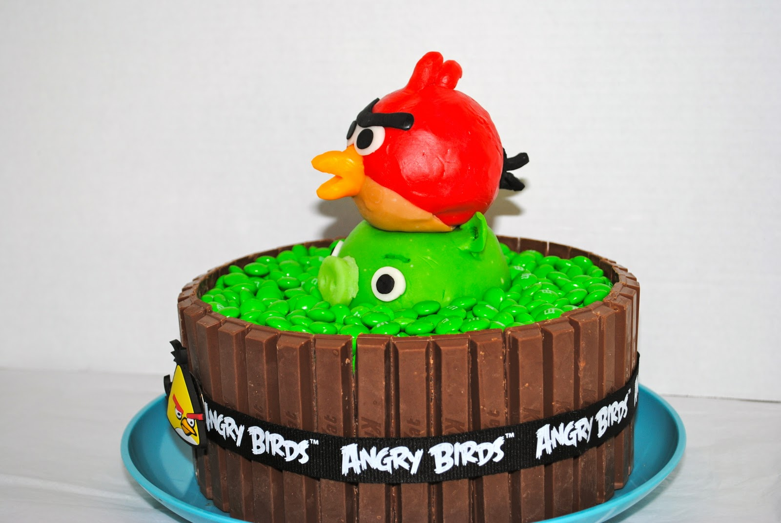 Easy Angry Bird Cake Ideas
