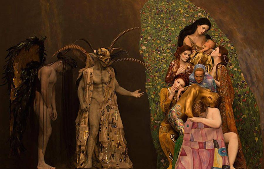 Модели воссоздали знаменитые картины Густава Климта