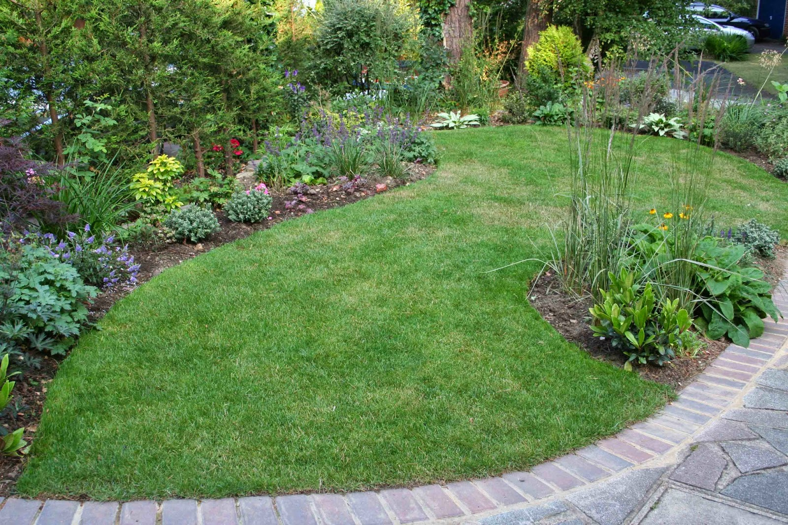 Pinterest garden centre landscaping ideas for the home for Garden designs images pictures