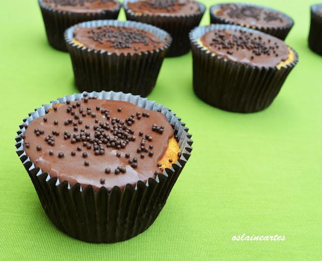 Cupcakes com Cobertura de Chocolate