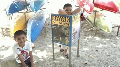 Camayan Beach Resort, Kayak Rentals
