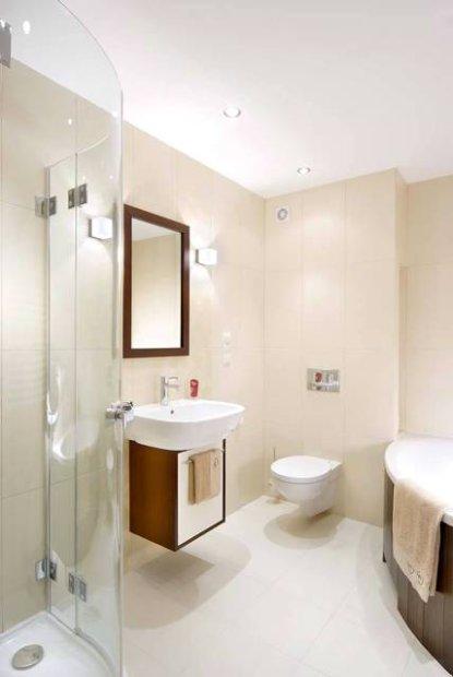 Relas principali regole per arredare un bagno piccolo - Disposizione bagno piccolo ...