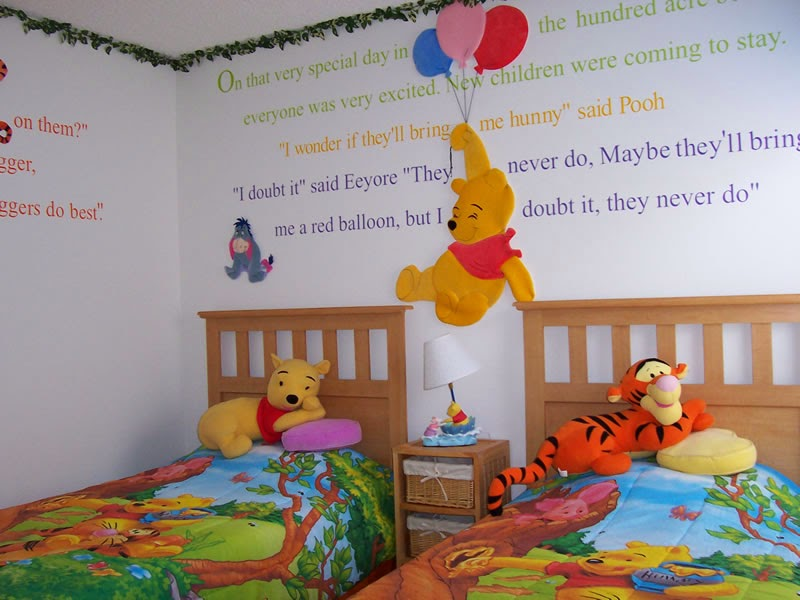 Dormitorios tema disney colores en casa - Habitacion winnie the pooh ...