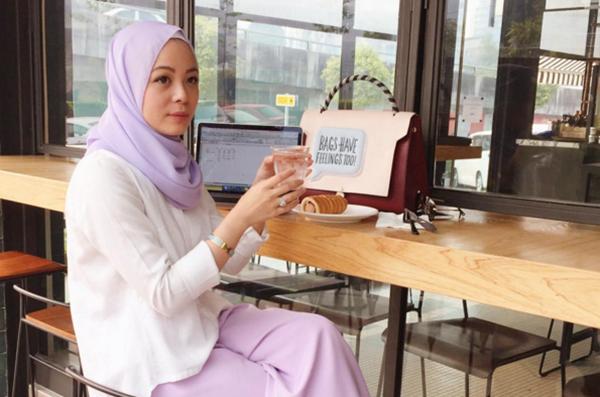 Menjijikkan! Punca Sebenar Wanita Cantik Ini Dikecam Netizen Terbongkar