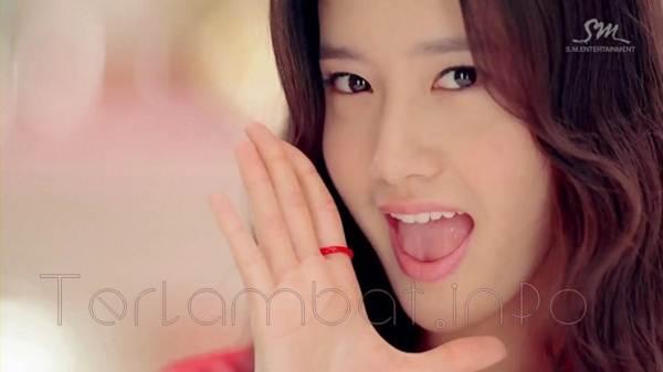 Foto Yoona SNSD - Dancing Queen