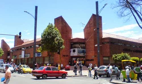 Centro Comercial - Unilago
