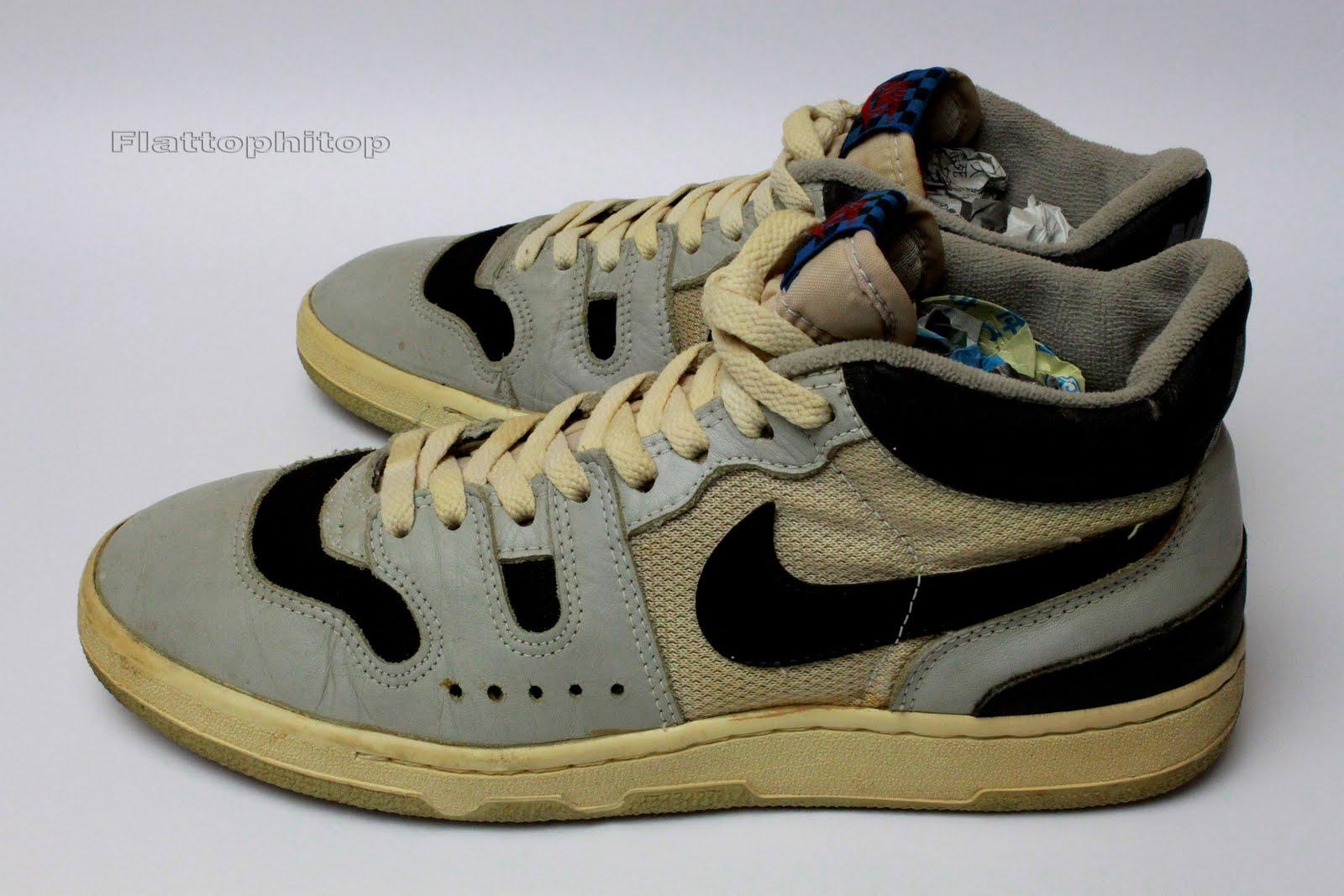 722ea5c979420d Nike Manor