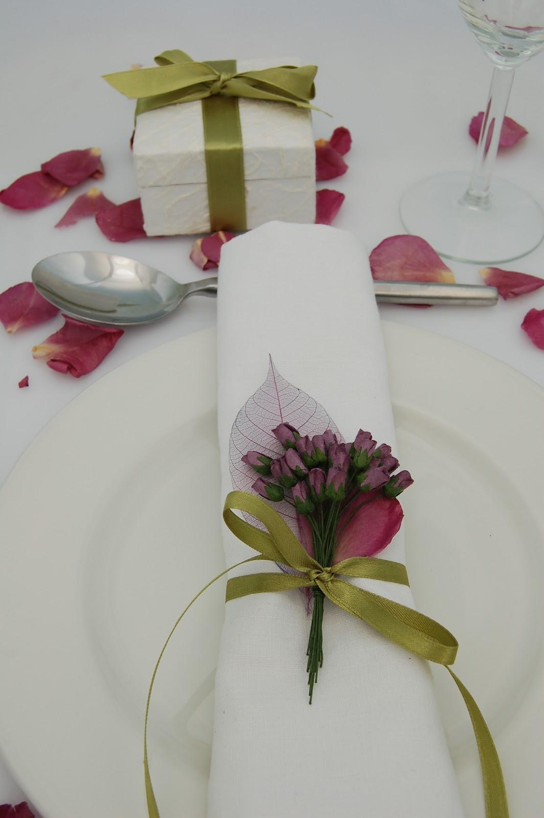 the confetti blog purple wedding themes ideas flowers and confetti petals. Black Bedroom Furniture Sets. Home Design Ideas