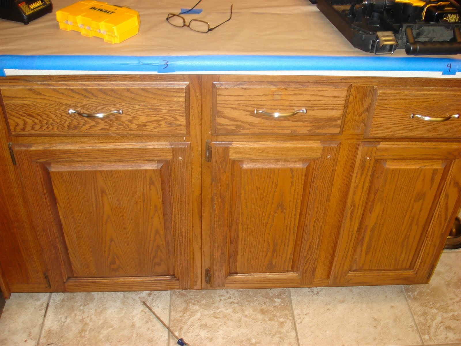 Paint kitchen cabinets kit for Kitchen cabinets kits